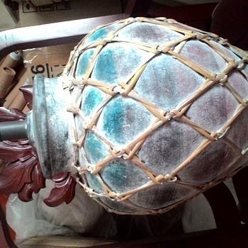 brilliant primitive Clay and rattan table lamp