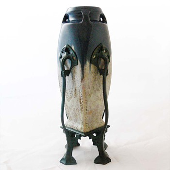 Art Nouveau vase, unknown maker (vase No. 2) - Art Nouveau