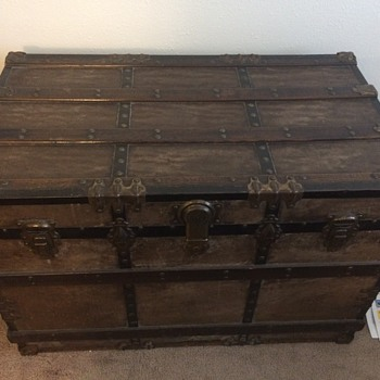 Antique Chest...Help! - Furniture
