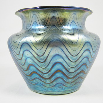 Loetz Rubin Phänomen Genre 6893 - Art Glass