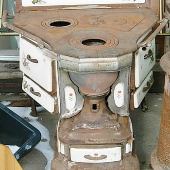 Antique stove????