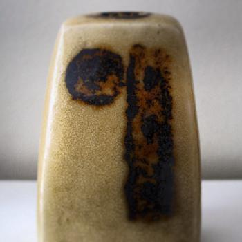 Jorgen Mogensen Denmark, small stoneware vase - Mid-Century Modern