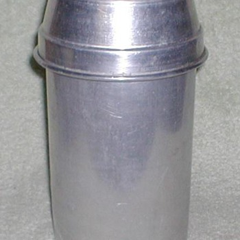 Wear-Ever Aluminum Canister