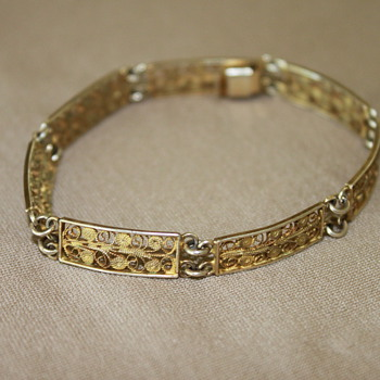 Sterling Silver Filgree Bracelet with Gold Wash
