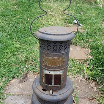 Antique Titan Kerosene lantern/stove