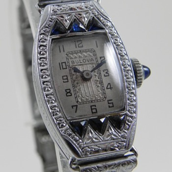 1929 Bulova Miss Liberty - Wristwatches