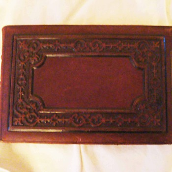 Antique CDV Photo Album Spanning 1850-1900 - Photographs