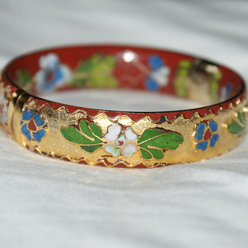 Chinese Cloisonne Enamel Hinged Bangle - Costume Jewelry