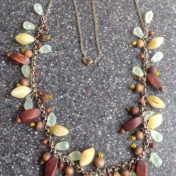 Costume jewellery necklace.