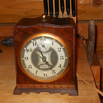 Ingraham Self Starting Alarm Clock Model SA 2 1934