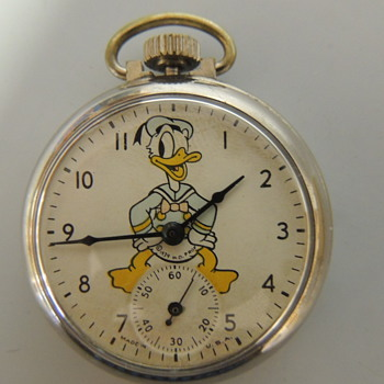 1939 DONALD DUCK POCKET WATCH - Pocket Watches