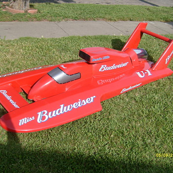 8 foot long miss budweiser u1 hydroplane (Very Rare) advertising item - Breweriana