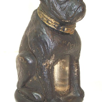 Black painted Bulldog Jar with screw-on bottom lid - Kitchen