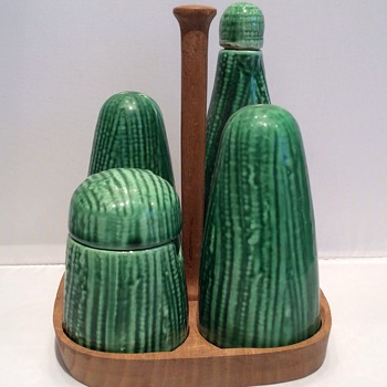 Portuguese cruet set - Art Pottery
