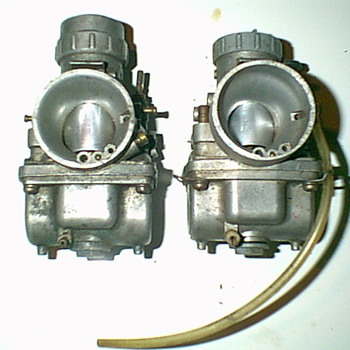 2-Dual Mikuni Carbs - Motorcycles