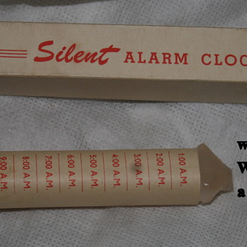 The bestest alarm clock man ever made - vintage, and hand made by someone else - Clocks