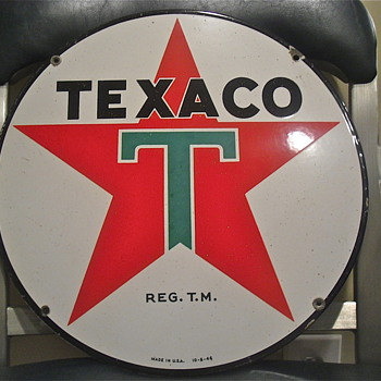Dated 46&#039; Porcelain Texaco sign - Petroliana