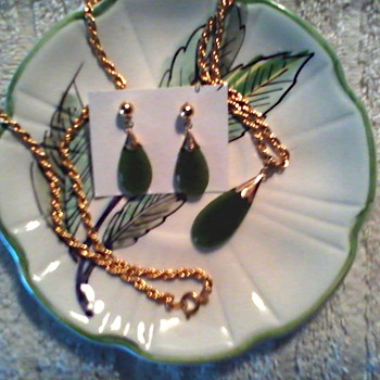 Jade Ear Rings and Matching Pendant