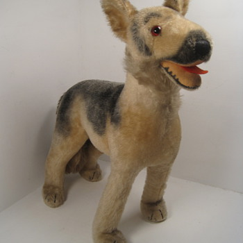 Largest Sized Steiff Arco German Shepherd - Dolls