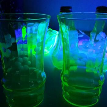 Vaseline glass uranium tall glass tumblers