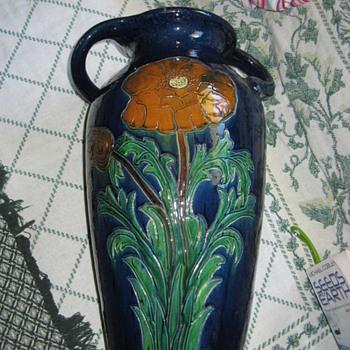 massive vase - Pottery