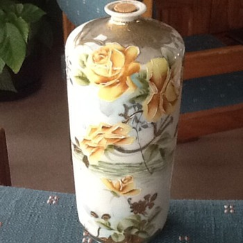 Nippon vase  - China and Dinnerware