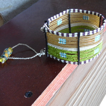 Native American Beaded Bracelet?