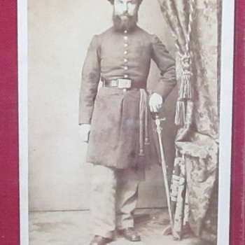 Civil War Soldier CDV - Photographs