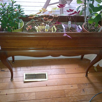Vintage planter. - Furniture