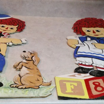 RAGGEDY ANN AND ANDY  SIGNS
