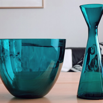 Blue-green bowl and vase -  Scandinavian style 1960s? - Art Glass
