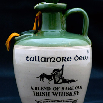 Tullamore Dew Whiskey 1970's Crock/Jug  - Bottles