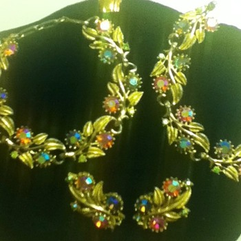 Vintage Bracelet and Earring Sets - Costume Jewelry