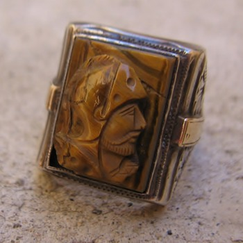 Bill Lan?e Jr. tigereye trojan cameo silver ring