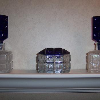 Perfume bottle set - Art Glass