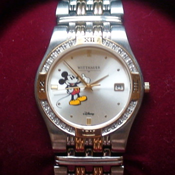 DISNEY MICKEY WITTNAUER DIAMOND WATCH W/GREAT BOX - Wristwatches