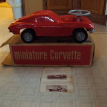 1966 corvette minature corvette promo toy car