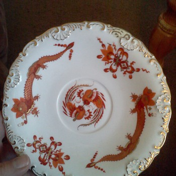 ANTIQUE MEISSEN RED DRAGON SAUCER - China and Dinnerware