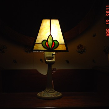 Electric Aladdin Lamp No. 4... Slag Glass Shade...From Muncie, Indiana - Lamps