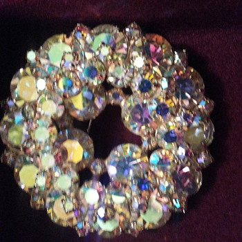 Juliana Rhinestone brooch - Costume Jewelry