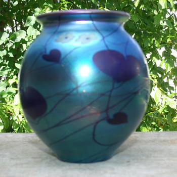 Steuben Blue Aurene Hanging hearts and vines with Millefori Flowers  - Art Glass