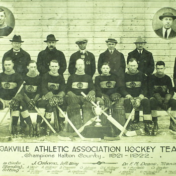 "Oakville Hockey teams ""Original photo 1921-1922"""