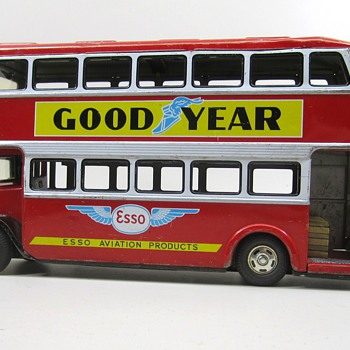 Double Decker Bus - Model Cars