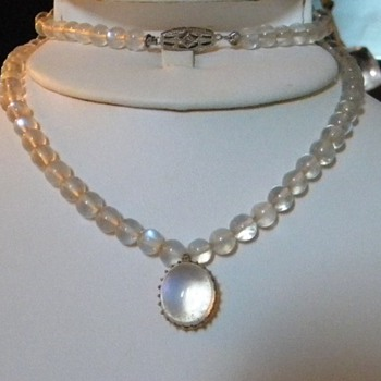 Antique Victorian Ceylon Moonstone Bead Necklace Drop Pendant