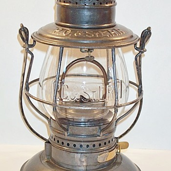 "Pittsburgh, Cincinnati & St. Louis ""PANHANDLE"" Railroad Lantern"