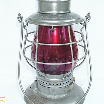 P.Ft.W & C.Ry Railroad Lantern  - Railroadiana
