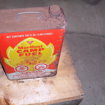 Canadian Tire Mor heat camp fuel tin can. - Petroliana