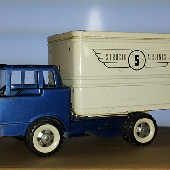 Structo Airlines Food Service Truck - Model Cars
