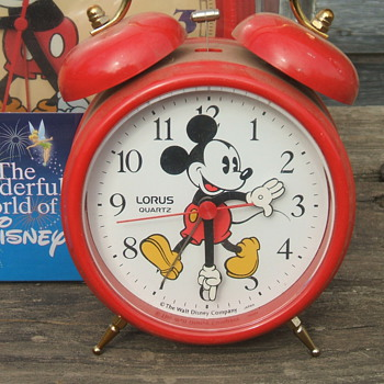 1985  Lorus Mickey Alarm - Clocks