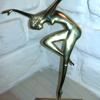 Figure in the style of Lorenzl/Hagenauer?? - Art Deco